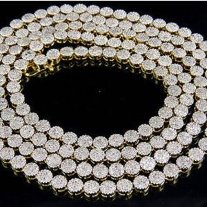 REAL DIAMOND REAL GOLD CLUSTER NECKLACE NEW